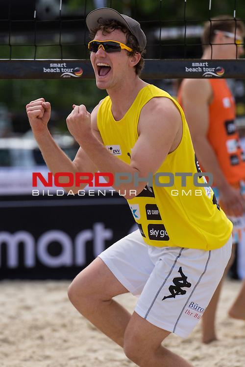 09.05.2015, Muenster, Schlossplatz<br /> smart beach tour, Supercup MŸnster / Muenster, Hauptfeld<br /> <br /> Jubel Lars FlŸggen / Flueggen<br /> <br />   Foto &copy; nordphoto / Kurth