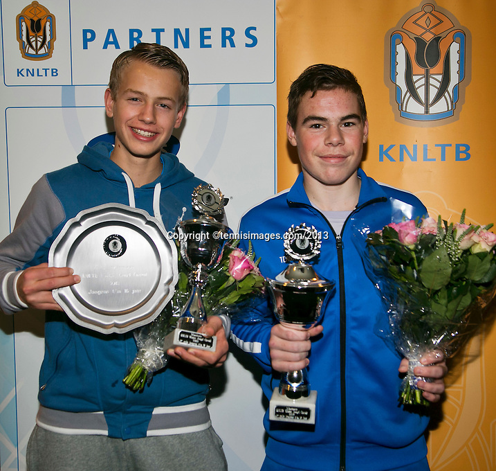 01-12-13,Netherlands, Almere,  National Tennis Center, Tennis, Winter Youth Circuit, Boys 16 years , winner Patric Speelman(R) and overall winner Tom Moonen<br /> Photo: Henk Koster
