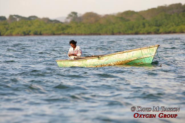 Fisherwomen On Gulf Of Nicoya