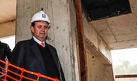 SAO PAULO, SP, 18 JULHO 2012 - VISTORIA OBRAS DO METRO E MONOTRILHO - Prefeito Gilberto Kassab durante vistoria de inspeção as obras da futura Estacao e Patio Oratorio da Linha 2- Verde, Monotrilho, do Metro na regiao sudeste da capital paulista. FOTO: VANESSA CARVALHO - BRAZIL PHOTO PRESS.