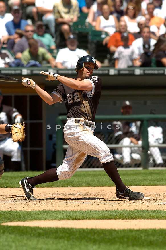 Scott Podsednik, of the Chicago White Sox, during their game against the Houston Astros on June 24, 2006 in Chicago...White Sox win 6-5..David Durochik / SportPics