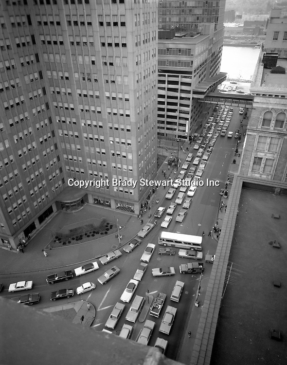 Pittsburgh PA:  View of the Port Authority Transit Strike in 1971. Rush hour traffic trying to get to the Fort Pitt tunnels and Parkway East from Liberty and Penn Avenues along with Stanwix Street.  Photo taken from the roof of the Empire Building where Brady Stewart Studio had offices from 1966 to 1984.