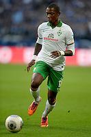 FUSSBALL   1. BUNDESLIGA   SAISON 2013/2014   12. SPIELTAG FC Schalke 04 - SV Werder Bremen                           09.11.2013 Eljero Elia (SV Werder Bremen) am Ball