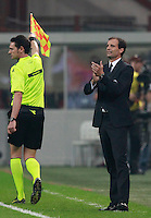 Calcio, Serie A: Milan vs Juventus, Milano, stadio San Siro, 20 settembre 2014.<br /> Juventus coach Massimiliano Allegri gives suggestions to his players during the Italian Serie A football match between AC Milan and Juventus at Milan's San Siro stadium, 20 September 2014.<br /> UPDATE IMAGES PRESS/Isabella Bonotto