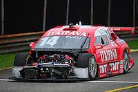RIO DE JANEIRO, RJ, 15 DE JULHO 2012 - STOCK CAR - 6ª ETAPA - RIO DE JANEIRO - O piloto Luciano Burti, durante a 6ªetapa da Stock Car, disputada no Autodromo Internacional Nelson Piquet, Jacarepagua, Rio de Janeiro, neste domingo, 15. FOTO BRUNO TURANO  BRAZIL PHOTO PRESS