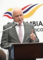BOGOTA – COLOMBIA – 17 – 05 – 2017: Baltazar Medina, Presidente del Comité Olimpico Colombiano (COC), durante presentación del Grand Prix de Esgrima Bogota 2017. Cerca de 400 deportistas del mundo estarán participando en la parada prevista del 26 al 28 de mayo del presente año, en la capital de la republica, que otorgan puntos para el ranking mundial, cerca 250 hombres y 150 mujeres de 50 paises, entre los que se pueden contar a Corea, Francia, Rusia, Hungria y Estados Unidos. / Baltazar Medina, President of the Colombian Olympic Committee (COC), during the presentation of the Grand Prix of Fencing Bogota 2017. About 400 athletes of the world will be participating in the planned stop from May 26 to 28 of this year, in the capital of the republic, which award points for the world ranking, about 250 men and 150 women from 50 countries, including Korea, France, Russia, Hungary and the United States. / Photo: VizzorImage / Luis Ramirez / Staff.