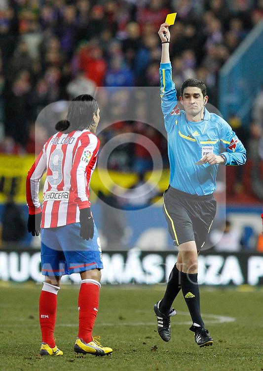 Madrid (05/02/2012) LIGA BBVA.Atletico de Madrid- Valencia C.F...FALCAO, UNDIANO MALLENCO.....