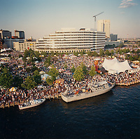 1991 June 9..Redevelopment.Downtown South (R-9)..Harborfest Aerials from helicopter.Low closeup of Towne Point Park Bandshell.Norfolk Waterfront...NEG#.NRHA#.2 1/4 color negs.06/91 REDEV  :DT Sth3:2  :3  :2-F9.