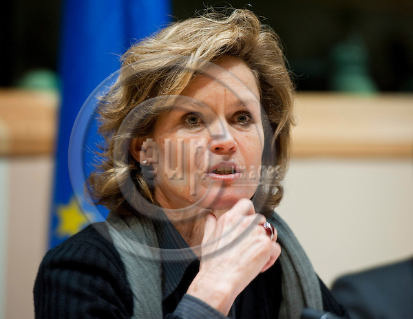 Brussels-Belgium - January 24,  2012 -- 'The Marine Sciences in Europe 2014-2020: A German Perspective' - a conference at the European Parliament hosted by KDM (Konsortium Deutsche Meeresforschung / German Maritime Research Consortium); here, MEP Helga TRUEPEL (Trüpel, Trupel), moderating the panel -- Photo: Horst Wagner / eup-images