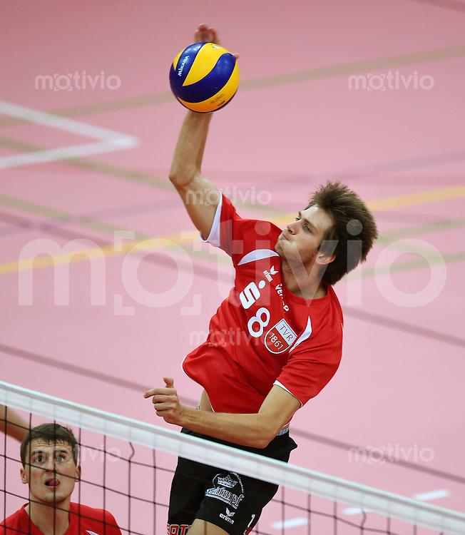 Volleyball 1. Bundesliga  Saison  2014/2015 Testspiel 10.09.2014 in Tuebingen TV Rottenburg  - SV Fellbach Felix Isaak (TV Rottenburg)