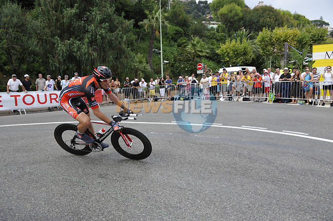 Caisse d'Epargne team rider Luis Pasamontes (ESP) rounds the hairpin during the 1st stage prologue of the 2009 Tour de France in Monaco, 4th July 2009 (Photo by Eoin Clarke/NEWSFILE)