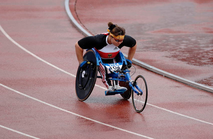 Photo: Richard Lane..VISA Paralympic World Cup 2007. Athletics. 13/05/2007. .Yvonne Sehmisch of Germany in the women's T54 400m.