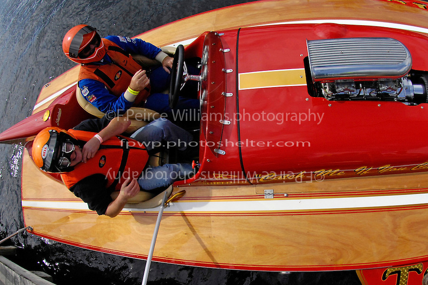 "Ed Shield's TS-3 ""Catch Me If You Can"" (2009 Lauterbach 2-seat Grand Prix hydroplane) returns from a chairity ride."