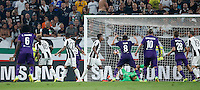 Calcio, Serie A: Juventus vs Fiorentina. Torino, Juventus Stadium, 20 agosto 2016.<br /> Fiorentina&rsquo;s Nikola Kalinic, fourth from left, partially seen, n.9, scores during the Italian Serie A football match between Juventus and Fiorentina at Turin's Juventus Stadium, 20 August 2016. Juventus won 2-1.<br /> UPDATE IMAGES PRESS/Isabella Bonotto