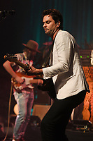 MIAMI BEACH, FL - MAY 18: Jonathan Russell of The Head And The Heart performs at the Fillmore on May 18, 2017 in Miami Beach, Florida. Credit MPI04r/MediaPunch © 2017