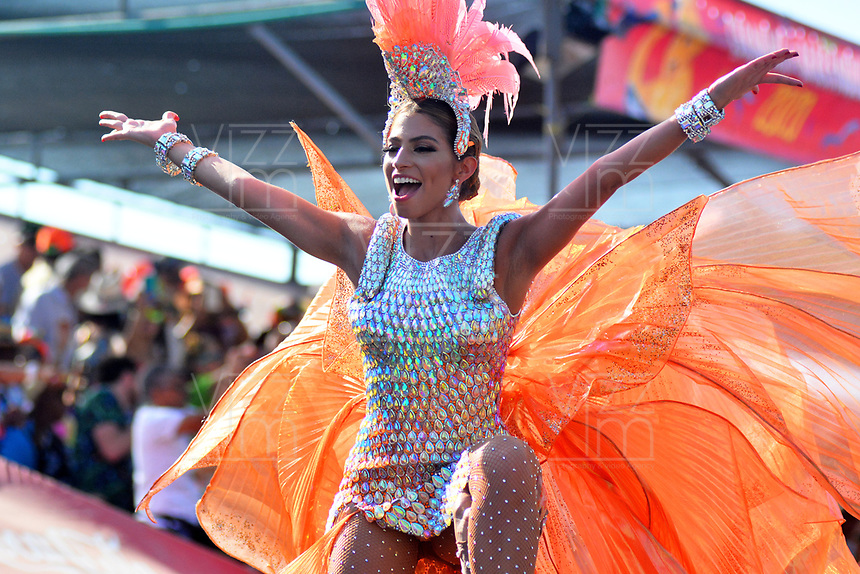 BARRANQUILLA - COLOMBIA, 24-02-2020: Desfile Gran Parada de Fantasia del Carnaval de Barranquilla 2020, patrimonio inmaterial de la humanidad, que se lleva a cabo entre el 22 y el 25 de febrero de 2020 en la ciudad de Barranquilla. / The Gran Parada de Fantasia as part of the Barranquilla Carnival 2019, intangible heritage of mankind, that be held between March 22 to 25, 2020, at Barranquilla city. Photo: VizzorImage / Alfonso Cervantes / Cont.