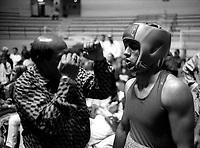 Roma 7 Maggio 1999.Sandro Casamonica (Laima Team)  prima di salire sul ring,campionato regionale III serie