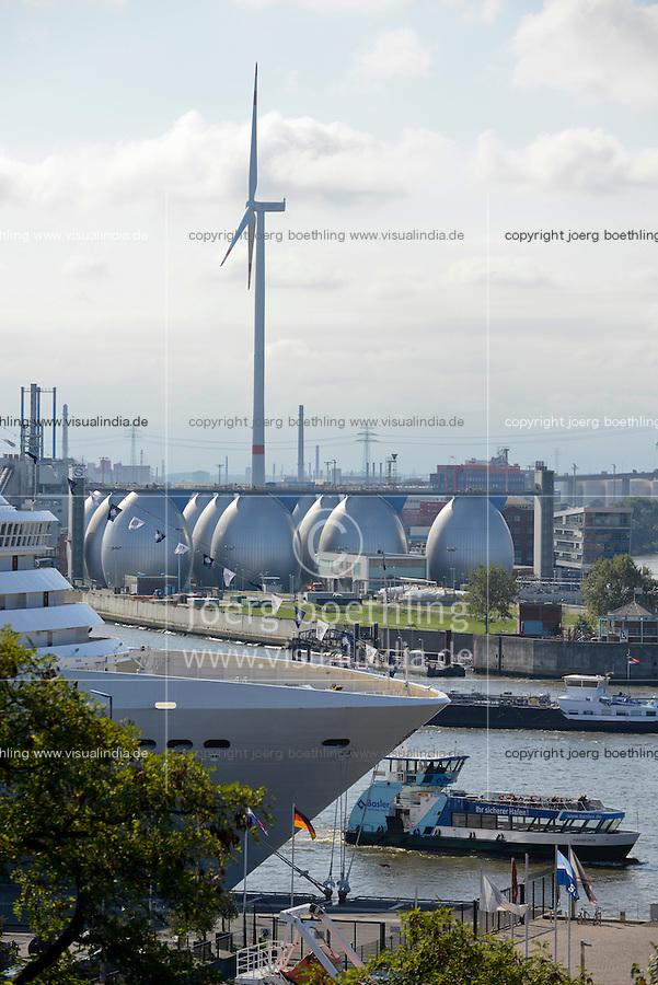 GERMANY Hamburg, new Nordex wind turbine at water treatment plant of Hamburg Wasser in harbour / DEUTSCHLAND Hamburg, neue Nordex Windkraftanlage auf dem Gelaende Klaerwerk Koehlbrandhoeft von Hamburg Wasser im Hamburger Hafen
