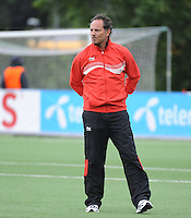 20140715 - Strømmen , NORWAY : Belgian headcoach Kris Van Der Haegen pictured during the female soccer match between Women under 19 teams of  Belgium and Scotland , on the first matchday in group A of the UEFA Women Under19 European Championship at Strommen Stadion , Norway . Tuesday 15th July 2014 . PHOTO DAVID CATRY