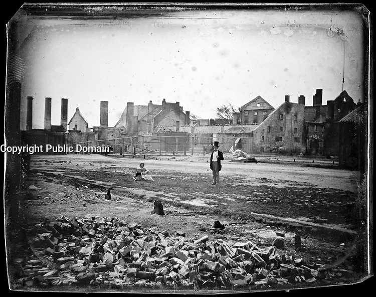 Brasserie de la famille Molson apres l'incendie de juillet 1858