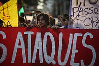 CAMPINAS, SP, 10.01.2018: PROTESTO-SP - Protesto contra o aumento da tarifa do transporte público nesta quarta-feira (10) em Campinas, interior de São Paulo, que passou de 4,50 para 4,70 no dia 6 de janeiro. A concentração começou no Largo do Rosário e depois os manifestantes seguira em passeata pelo centro da cidade. (Foto: Luciano Claudino/Codigo19)