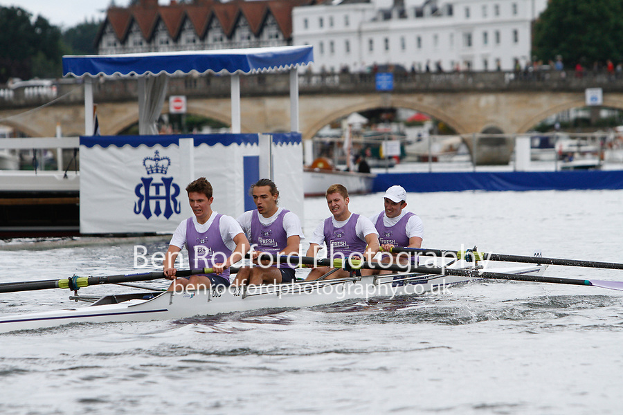 Race: 48 - Event: VISITORS' - Berks: 221 DURHAM UNIVERSITY - Bucks: 227 NEW YORK ATHLETIC CLUB, USA<br /> <br /> Henley Royal Regatta 2017<br /> <br /> To purchase this photo, or to see pricing information for Prints and Downloads, click the blue 'Add to Cart' button at the top-right of the page.