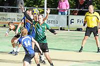 KORFBAL: GORREDIJK: sportpark Kortezwaag, 23-09-2012, hoofdklasse A, LDODK - SCO, Eindstand 12-13, Janneke Bergsma (#29 |SCO) aan de bal, Jos van der Goot (#14 | SCO), Markus de Boer (#16 | LDODK), ©foto Martin de Jong