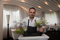 Europe/France/Auverne/63/Puy-de-Dome/Durtol: Xavier Beaudiment dans son  Restaurant: Le Pre Carre [Non destine a un usage publicitaire - Not intended for an advertising use]