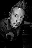 Oct 19, 2014: PUBLIC IMAGE LIMITED - John Lydon photosession in Paris France