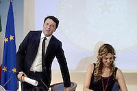 Roma, 5 Agosto 2015<br /> Palazo Chigi.<br /> La Ministra Maria Anna Madia e  Matteo Renzi illustrano alla stampa la legge di riforma della Pubblica amministrazione