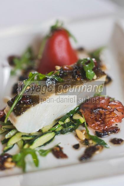 Europe/France/Provence-Alpes-Côte d'Azur/Vaucluse/Isle-sur-la-Sorgue: Cabillaud demi-sel et piquillo farci de brandade recette de Patrick Fischnaller  du restaurant:Le Vivier
