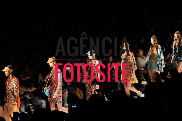 Rio de Janeiro, Brasil – 23/05/2012 - Desfile de Totem durante o Fashion Rio  - Verao 2013. Foto : Chris von Ameln / Agência Fotosite
