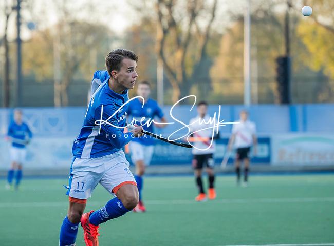 UTRECHT - De maker van 2 doelpunten , Boet Phijffer (Kampong)   tijdens de hoofdklasse hockeywedstrijd mannen, Kampong-Amsterdam (4-3). COPYRIGHT KOEN SUYK