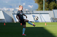 20171024 - PENAFIEL , PORTUGAL :  Belgian Jana Coryn pictured during warming up of a women's soccer game between Portugal and the Belgian Red Flames , on tuesday 24 October 2017 at Estádio Municipal 25 de Abril in Penafiel. This is the third game for the  Red Flames during the Worldcup 2019 France qualification in group 6. PHOTO SPORTPIX.BE | DAVID CATRY