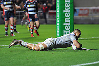 Robbie Fruean of Bath Rugby scores a try. European Rugby Challenge Cup match, between Bristol Rugby and Bath Rugby on January 13, 2017 at Ashton Gate Stadium in Bristol, England. Photo by: Patrick Khachfe / Onside Images