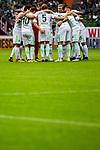05.08.2017, Weser Stadion, Bremen, FSP, SV Werder Bremen (GER) vs FC Valencia (ESP) , <br /> <br /> im Bild | picture shows<br /> Mannschaftskreis Werder Bremen, <br /> <br /> Foto &copy; nordphoto / Rauch