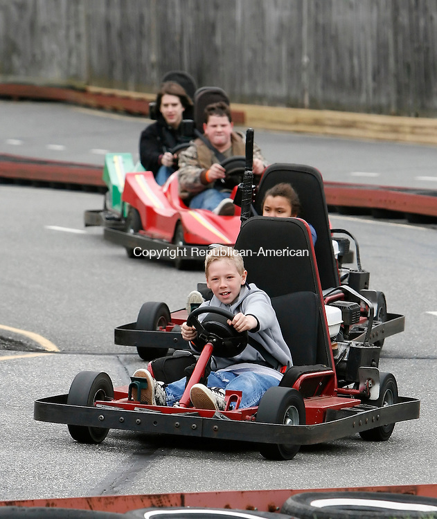WINSTED, CT, 05/03/09- 050309BZ08- Mike West, 10, of Terryville, leads a group through the turns while racing go karts at R&amp;B Sports World in Winsted Sunday. <br /> Jamison C. Bazinet Republican-American