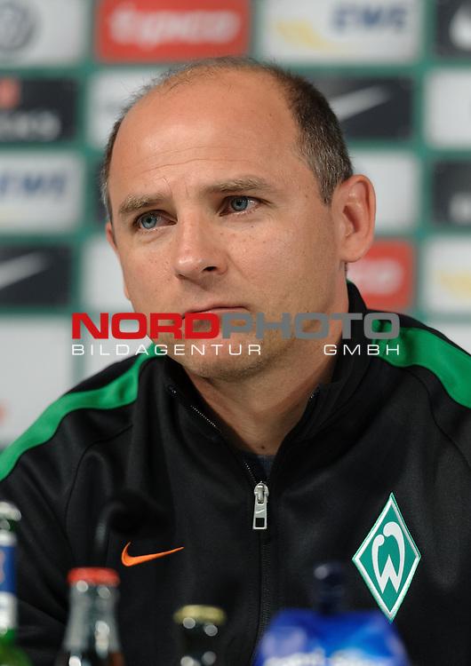 07.05.2015, Weserstadion, Bremen, GER, 1.FBL, Pressekonferenz Werder Bremen, im Bild Viktor Skripnik (Trainer Werder Bremen)<br /> <br /> Foto &copy; nordphoto / Frisch