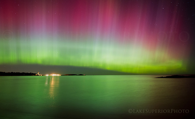 """the curtain"" aurora borealis, McCarty's Cover, Marquette, MI 10/02/2013"