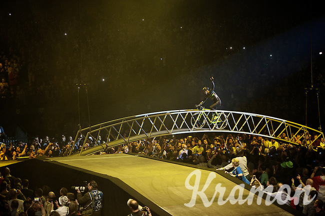 Sven greeting his crowd at the beginning of the show.<br /> <br /> 'Merci Sven' (twice!) sold out arena event: <br /> tribute-show celebrating Sven Nys' career/retirement together with 18.000 people in the Sportpaleis Arena
