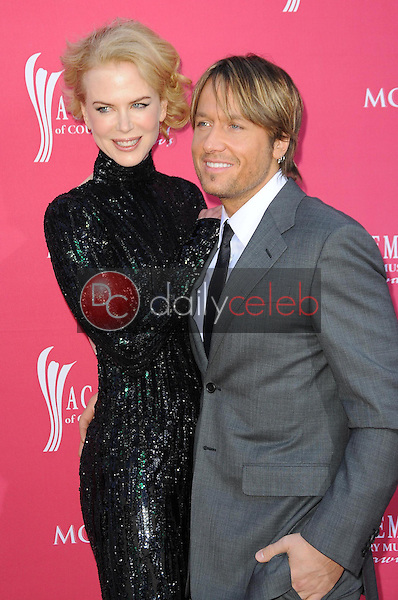 Nicole Kidman and Keith Urban<br />at the 44th Annual Academy of Country Music Awards. MGM Grand Garden Arena, Las Vegas, NV. 04-05-09<br />Dave Edwards/DailyCeleb.com 818-249-4998