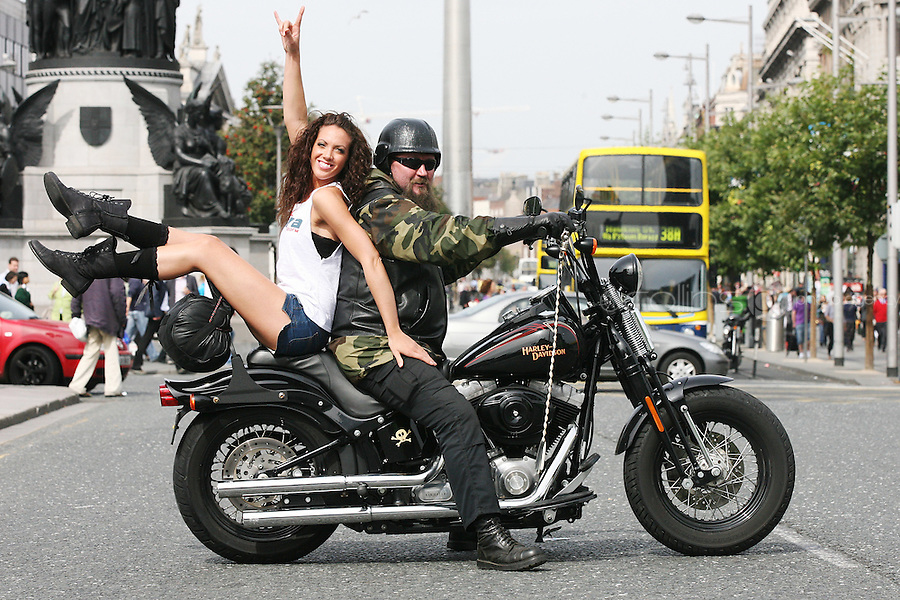1/9/2010. RADIO NOVA LAUNCH. Biker John Delaney and dancer Ruth Melody are pictured on the O Connell Bridge Dublin for the launch of radio Nova.Picture James Horan/Colins