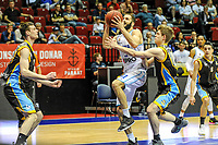 GRONINGEN - Basketbal, Donar - Den Helder Suns, Dutch Basketbal League, seizoen 2018-2019, 20-04-2019, Donar speler Shane Hammink met Den Helder speler Boyd van der Vuurst de Vries
