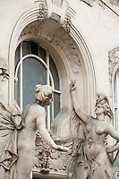 Europe/République Tchèque/Prague:Quartier Juif - Détail portail Style Sécession -1908,au N°9 de la rue Siroka-