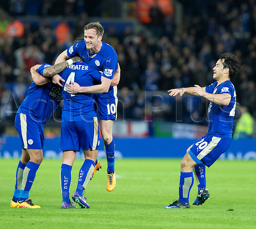 01.03.2016. King Power Stadium, Leicester, England. Barclays Premier League. Leicester versus West Bromwich Albion. Goal celebration after Leicester City midfielder Danny Drinkwater scores with a deflection to equalise (1-1).