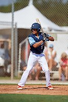 Victor Castillo during the WWBA World Championship at the Roger Dean Complex on October 18, 2018 in Jupiter, Florida.  Victor Castillo is an outfielder from Tallahassee, Florida who attends Leon High School and is committed to Florida Atlantic.  (Mike Janes/Four Seam Images)