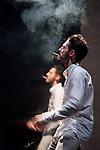 REFLETS<br /> <br /> Direction artistique, chor&eacute;graphie et interpr&eacute;tation Fran&ccedil;ois Lamargot<br /> Regard ext&eacute;rieur et dramaturgie Laura Scozzi <br /> Sc&eacute;nographie Benjamin Lebreton <br /> Vid&eacute;o Jo&euml;l El Hadj<br /> Lumi&egrave;res Guillaume L&eacute;ger <br /> Arrangement musical Jean-Charles Zambo<br /> Compagnie XXe Tribu<br /> Cadre : Festival Suresnes Cit&eacute;s Danse 2018<br /> Date : 12/01/2018