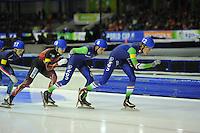 SCHAATSEN: HEERENVEEN: 14-12-2014, IJsstadion Thialf, ISU World Cup Speedskating, Mass Start, Arjan Stroetinga (#8 | NED), Jorrit Bergsma (#12 | NED), ©foto Martin de Jong