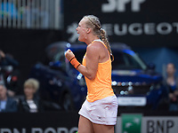 Bratislava, Slovenia, April 22, 2017,  FedCup: Slovakia-Netherlands, seccond rubber : Kiki Bertens (NED) streams it out<br /> Photo: Tennisimages/Henk Koster