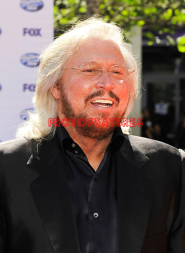Bee Gees Barry Gibb at the 2010 American Idol Finale at Nokia Theatre in Los Angeles, May 26th 2010...Photo by Chris Walter/Photofeatures
